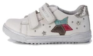 d d step кроссовки на девочку